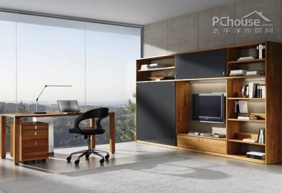 设计重点:办公客厅         编辑点评:壁挂式电视与