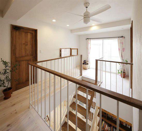 日式楼梯屏风效果图