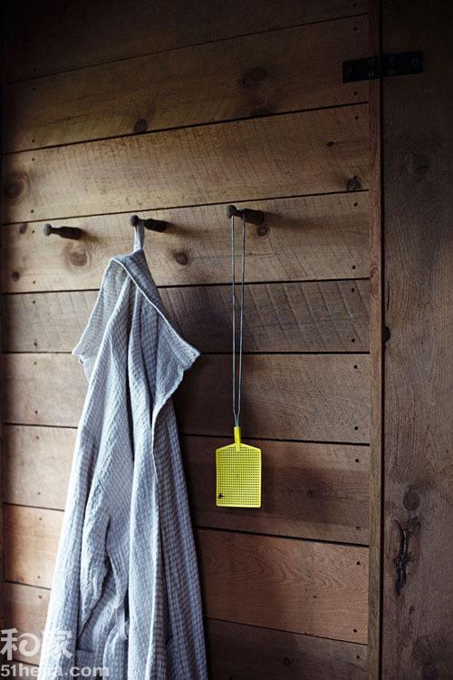 木地板上墙新设计 木系暖感空间提升
