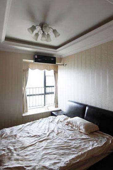 儿童卧室装修效果图欣赏3   这个儿童房设计得相对简单,不过该有的