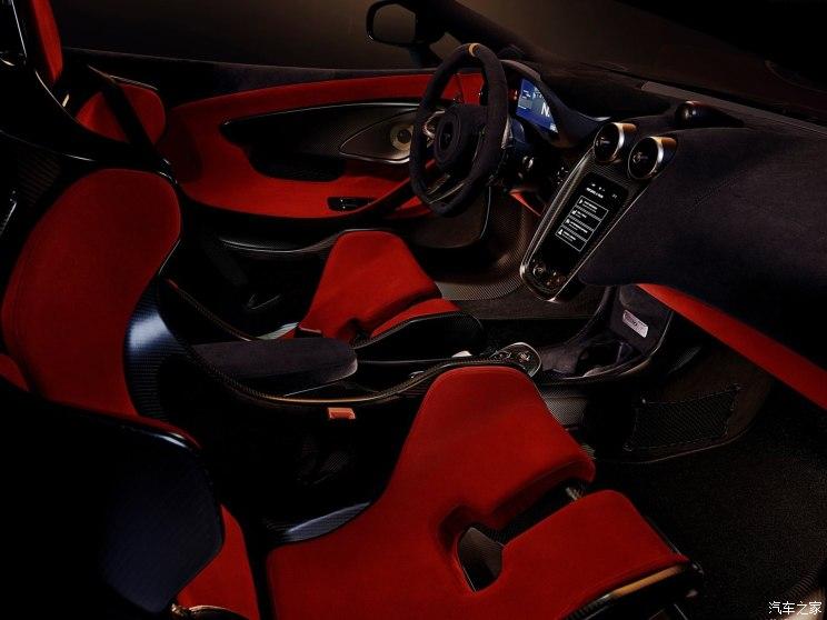 同时其还可选装的碳纤维材质的座椅骨架等组件,尽可能将车重降低到