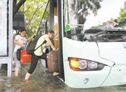 """应对台风和大客流""""双重考验"""" 地铁公交昨全城免费"""