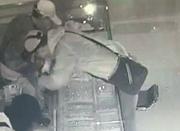 郑州一大型珠宝店被盗 3名男子洗劫数百条金项链
