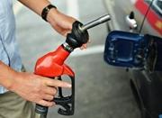 国内成品油价遇年内最大幅上调 你昨晚加油了吗?