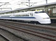 铁路宁波站增开16趟列车 四大汽车站服务升级