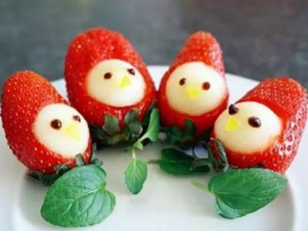 被玩坏的草莓